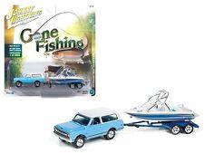 JOHNNY LIGHTNING 1/64 GONE FISHING 1969 CHEVROLET BLAZER WITH BOAT AND TRAILER