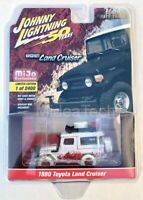 Toyota Land Cruiser 1980,Scale 1:64 by Johnny Lightning ** Chase Car**
