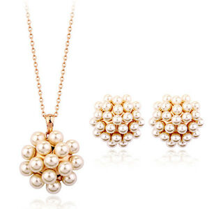 BRAND NEW GORGEOUS ITALINA 18K ROSE GOLD PLATED &  WHITE PEARL JEWELLERY SET