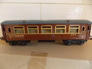 Hornby o gauge LNER No 2 coach