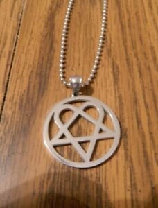MIP- Round HIM HEARTAGRAM Polished Stainless Steel pendant w/30 inch ball chain