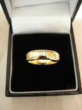 18 CARAT YELLOW GOLD 5MM HEAVY FLAT SHAPE WEDDING RING BRAND NEW IN BOX