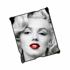 Silver Buffalo Mr1621 Marilyn Monroe Red Lips Fleece Throw Blanket, 50 x 60 i.