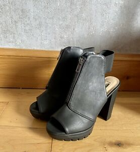 Womens Uk Size 4 Black Chunky Block Heels Party Night Out