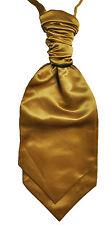Abbigliamento e accessori di oro per il matrimonio dalla Cina