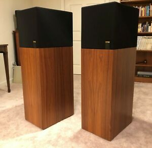 KEF Reference Series 107 speakers in Walnut - immaculate