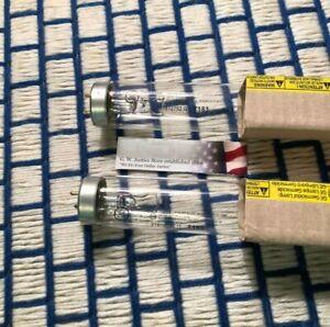 """2new 15876 fluorescent F20T12 24"""" UVC 24"""" germicidal F20T10 /G light BULB 20w GE"""
