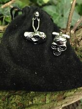 Pair Of Silver Colour Skull Quality Cufflinks With Gift Bag Tie Clip Scull