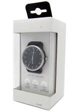New Garmin Vivomove Sport Watch Black with Black Sport Band in Retail