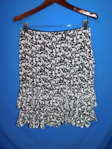 Ann Taylor 10P Black Gray Floral Tiered Ruffle Skirt Knee Lined Zip 10 Petite