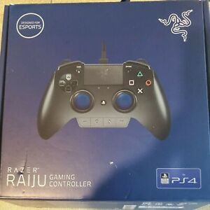 Razer Raiju  Control Panel Gaming Controller for PS4  Case Original Box Charger