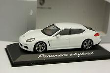 Minichamps 1/43 - Porsche Panamera E Hybrid Blanche