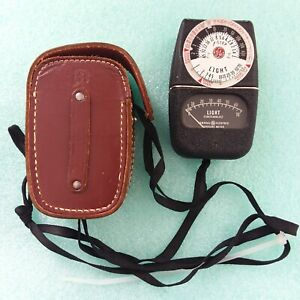 General Electric Exposure Photo Light Meter Type DW-68 w/ Leather Case 1950's ?