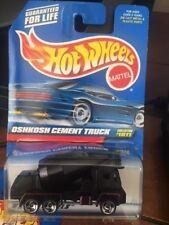 1999 Hot Wheels Oshkosh Cement Truck #1011
