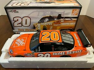 TONY STEWART #20 HOME DEPOT 2007 IMPALA SS COT 1:24 SCALE  LIMITED EDITION.