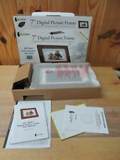 """GiiNii 7"""" Digital Picture Photo Frame – Nice condition!"""