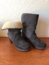 UGG Australia 3204 Lynnea Women's Charcoal Gray Suede Shearling Boots Size 8