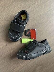 New Kickers Baby Boys Black Leather Shoes Size UK 5.5 EU 22