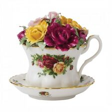 ROYAL ALBERT OLD COUNTRY ROSES MUSICAL TEACUP NEW IN BOX  (s)