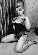 MARGARET NOLAN 1960s HOT SEXY SET OF 15 PHOTOS 6 X 4 NUDE STRIPTEASE CARRY ON