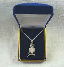 White Mother of Pearl & Onyx Solid 925 Sterling Silver Wise Owl Pendant & Chain