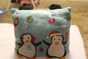 Reduced!  Free Shipping!  NEW Holiday Time Throw Pillow Combo Penguins Christmas