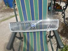 Volvo S40 grill