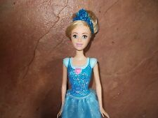 DISNEY PRINCESS CINDERELLA FASHION DOLL TIARA GOWN SHOES B183