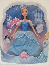 Disney Princess - Cinderella Doll w/ her Glass Slippers & Swirling Lights Dress