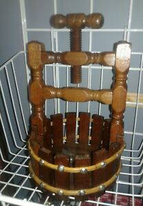 Vintage Wooden Wishing Well Nut Cracker And Nut Bowl JAN-MOR