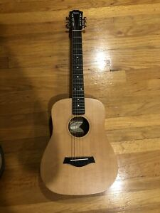 Taylor Baby BT 1 Traveling (3/4) Acustic Guitar with Padded Gig Bag