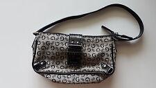 NUOVA MAI USATA borsa borsetta Guess logata pelle e tessuto + Guess in regalo