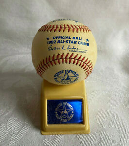 1982 All Star Game Rawlings Offical MLB Baseball Ball w/ Display Stand & Box ASG