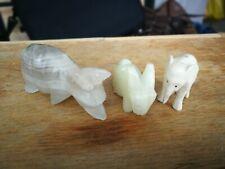 Statuettes figurines animales en pierre