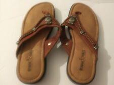 Minnetonka Ladie's Size 6W Sandals