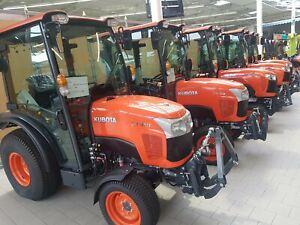 Kubota ST401 Kommunalschlepper Traktor HST 30km/h Traktor Schlepper