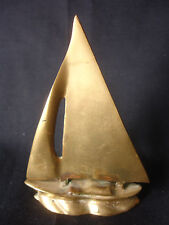 Old Vtg Brass Sail Boat Nautical Decor Sailing Desk Ornament Paperweight