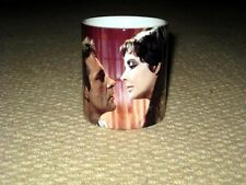 Richard Burton and Elizabeth Taylor in Cleopatra Kiss MUG