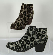 Animal Print Medium Width (B, M) Casual Boots for Women