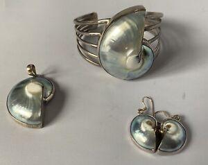Striking Blue Mabe Shell & Sterling Silver Bangle, Pendant & Earring Set, New