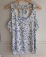 Athleta Womens Gray White Printed Chi Racerback Tank Top Shirt Size Medium