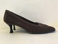 STUART WEITZMAN Womens 9.5N Dark Brown Perforated Suede Round Toe Low Heel Pumps