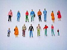 A03 / 100 einfache handbemalte Figuren Reisende Personen Spur HO