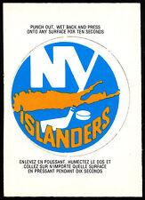 1973 74 OPC O PEE CHEE HOCKEY #11 N Y NEW YORK ISLANDERS NHL TEAM LOGO CARD NM