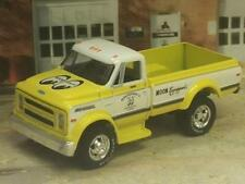 1970 70 Chevrolet C60 Dually Moon Equipped Parts Truck Mooneyes 1/64 Scale B64