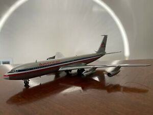 Aviation 200 1:200 AV27071111BP American B707-300 N8438 // GOOD CONDITION