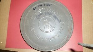"""Eastman 16mm Safety Film EKC Military Green Paint """"On The Scent""""  Empty Tin"""
