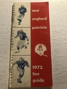 1972 New England PATRIOTS Media Guide Yearbook JIM NANCE Julius ADAMS PLUNKETT