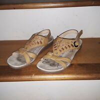 Baretraps Sandals Women's Size 8M Brown Jaffe Embellished Bare Traps