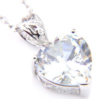 Woman Gorgeous Shiny Heart Style Natural White Fire topaz Gems Necklace Pendants